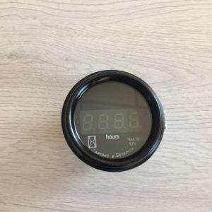 Указатель времени наработки двигателя ЧА8161